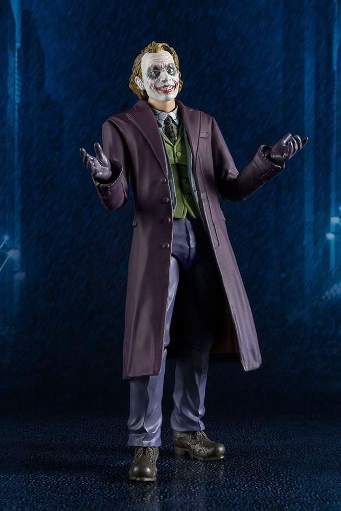 DARK KNIGHT JOKER S.H.FIGUARTS