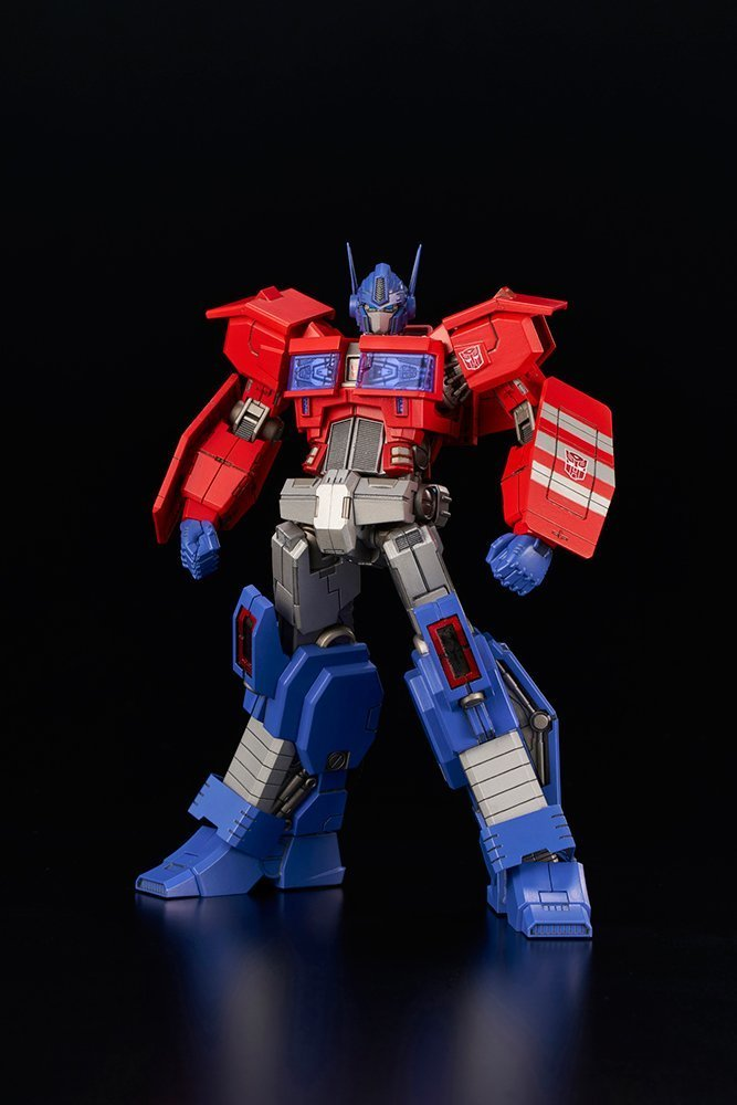 *BACK ORDER* TRANSFORMERS Optimus Prime IDW MODEL KIT