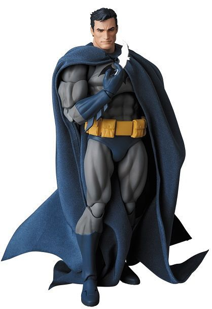 "Batman MAFEX No.105 BATMAN ""HUSH"""