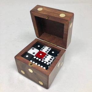 Wood D6 Dice Case - Dice Cup / Storage Container - Handmade - Fits 12 16mm D6 - DnD Dice Box - Giant Die of Holding - Use it as a gift box