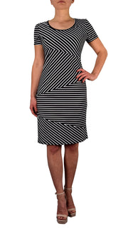 Womens Diagonal Striped Fashion Cocktail Mid Length Shift Dress White Black Small