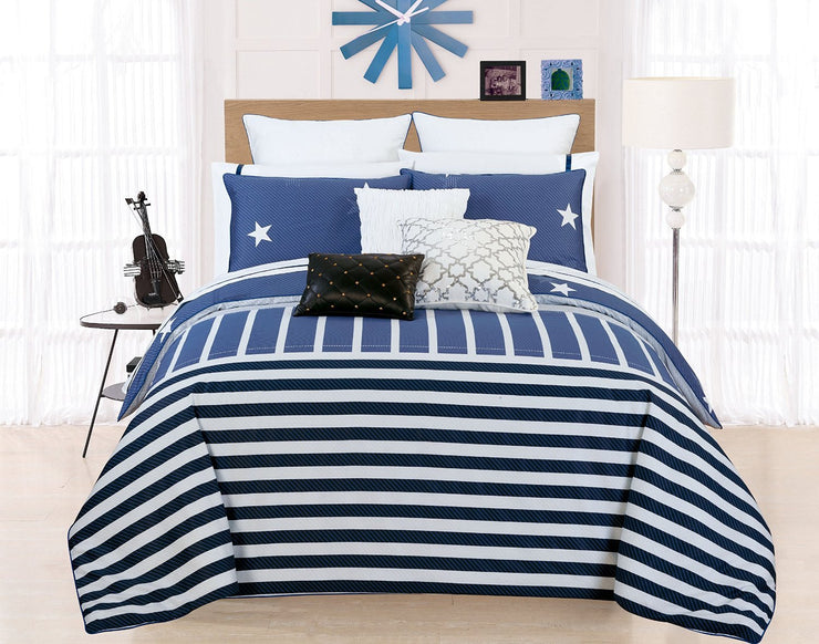 Duvet Comforter and Pillowshams Covers Set in a Storage Box