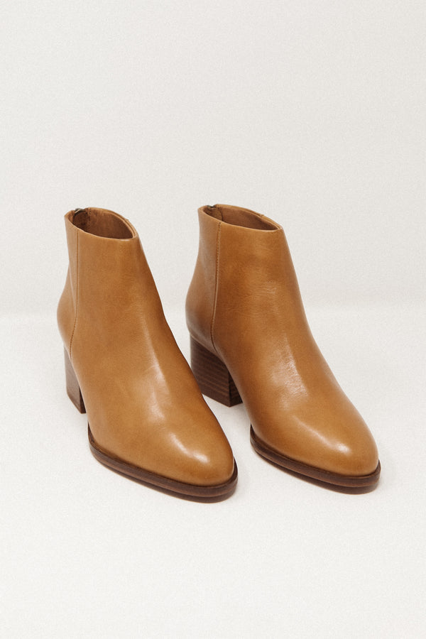 Floodplain Boot Tan