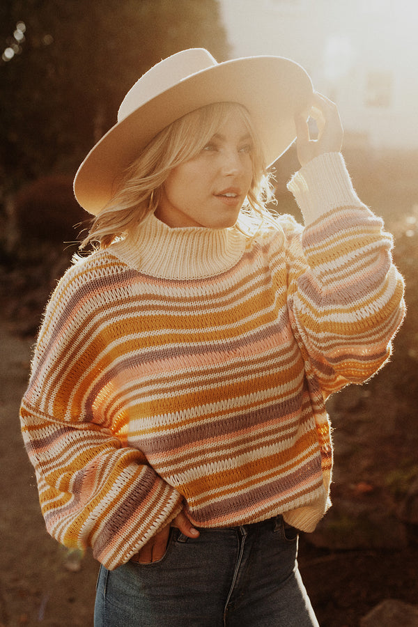 Apres-Ski Pullover Sunset Stripe