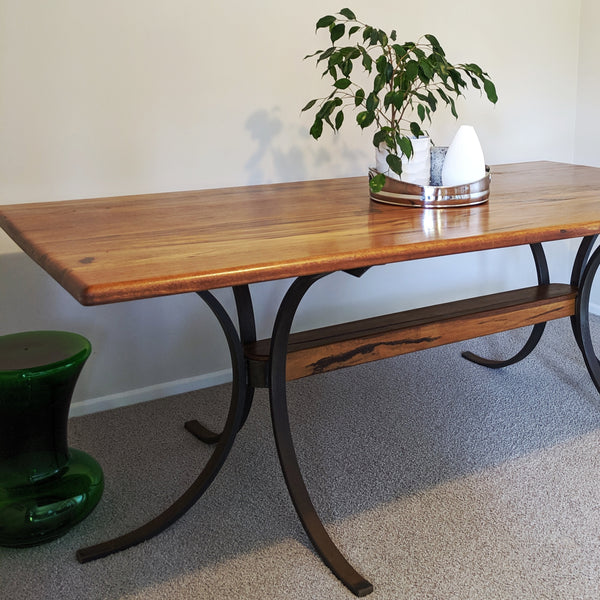 Dining table in Marri Wood