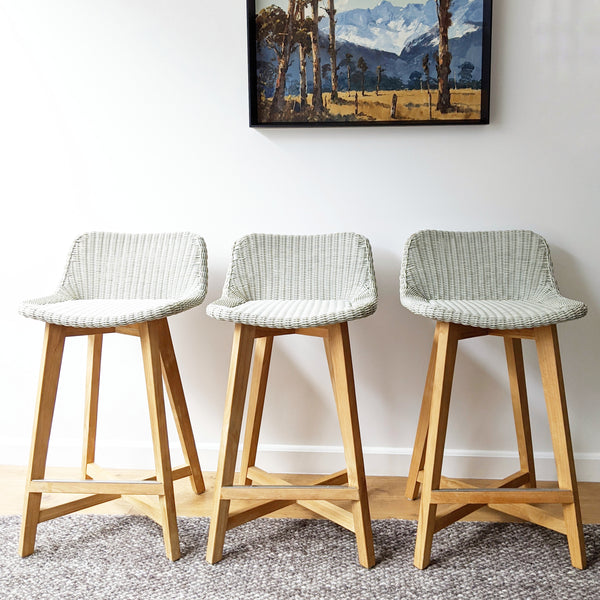 Skal Bar Stools - set of 3