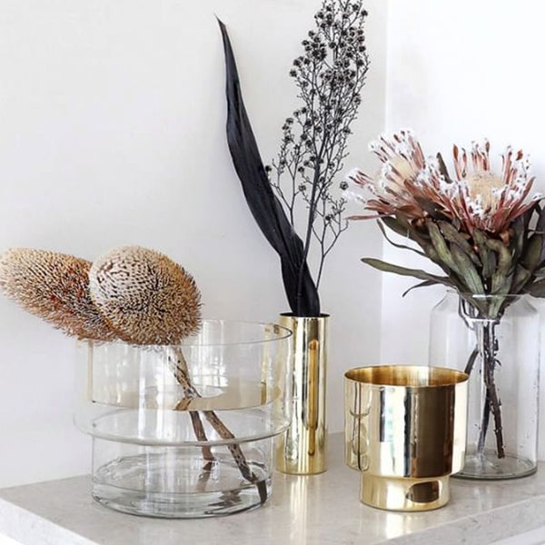 Podium Pot with Botanical Brass Shelf