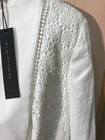 Photo #1 - BRAND: ELIE TAHARI<BR>STYLE: BLAZER JACKET<BR>COLOR: WHITE<BR>SIZE: 6<BR>SKU: 239-23911-54743
