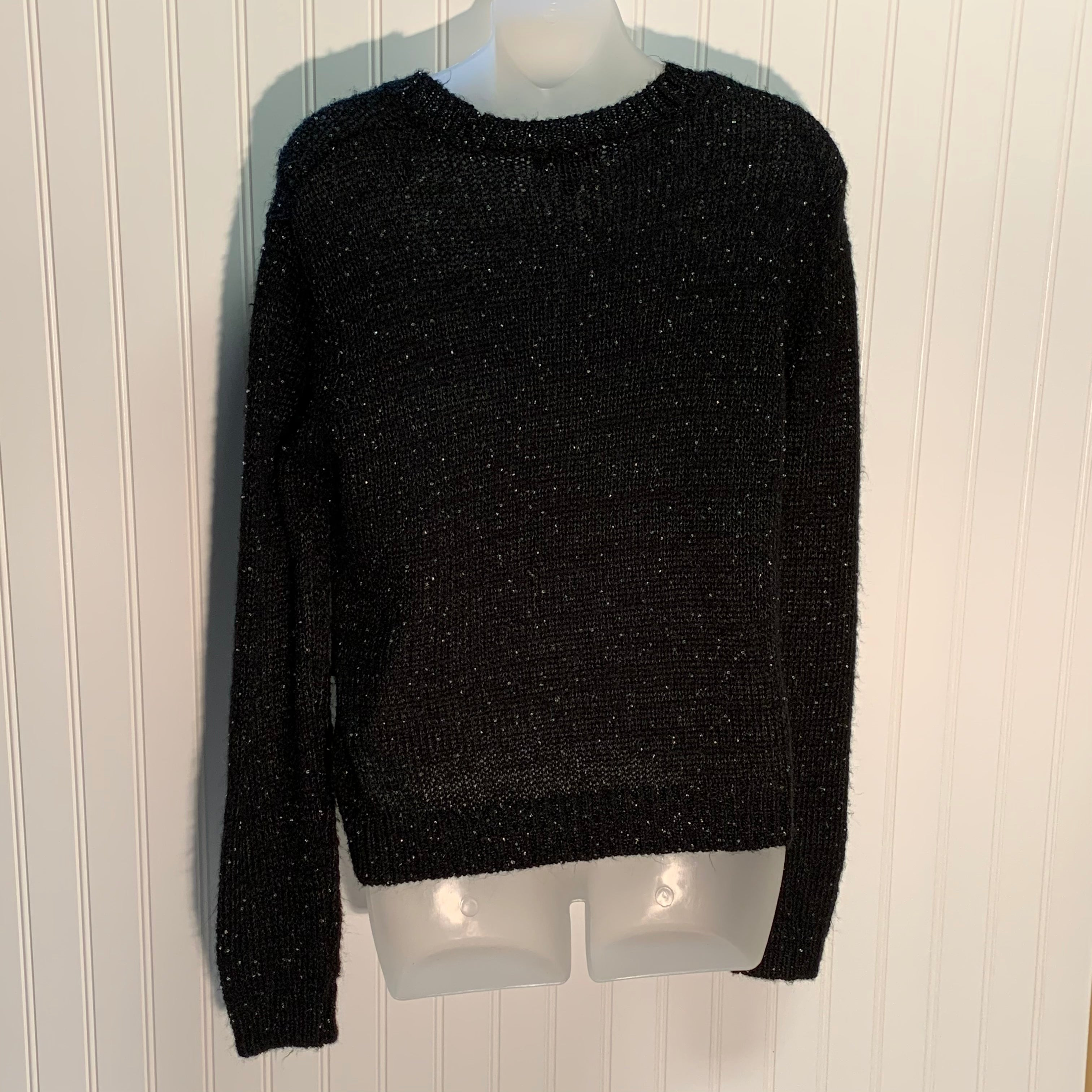 Photo #1 - BRAND: TOP SHOP <BR>STYLE: SWEATER HEAVYWEIGHT <BR>COLOR: BLACK <BR>SIZE: S <BR>SKU: 239-23911-69635