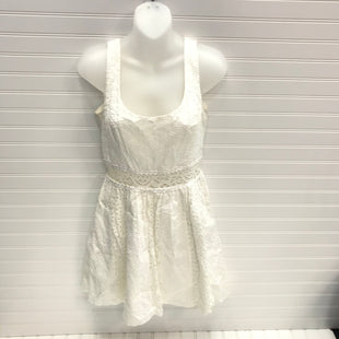 Primary Photo - BRAND: LILLY PULITZER STYLE: DRESS SHORT SLEEVELESS COLOR: WHITE SIZE: 6 SKU: 239-23911-73981