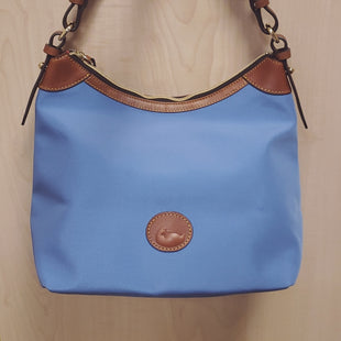 Primary Photo - BRAND: DOONEY AND BOURKE STYLE: HANDBAG COLOR: ROYAL BLUE SIZE: MEDIUM SKU: 239-23918-34256