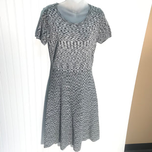 Primary Photo - BRAND: ANN TAYLOR STYLE: DRESS SHORT SHORT SLEEVE COLOR: BLACK WHITE SIZE: M SKU: 239-23918-36293ZIPPERED SIDE