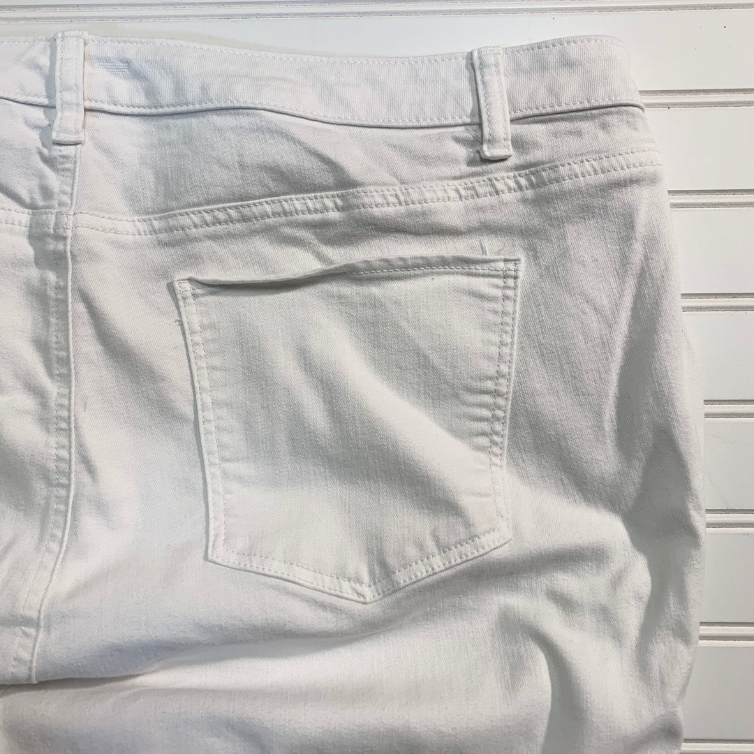 Photo #1 - BRAND: TALBOTS <BR>STYLE: JEANS <BR>COLOR: WHITE <BR>SIZE: 20 <BR>OTHER INFO: FLAWLESS, STRAIGHT CROP <BR>SKU: 239-23911-71937