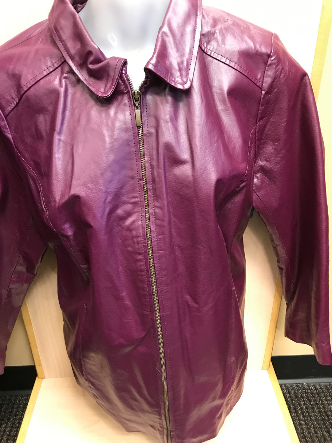 Primary Photo - BRAND: JESSICA LONDON <BR>STYLE: JACKET LEATHER <BR>COLOR: MAROON <BR>SIZE: 16 <BR>SKU: 239-23918-36037