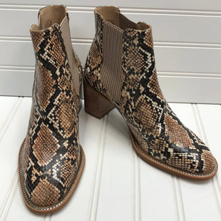 Primary Photo - BRAND: VINCE CAMUTO STYLE: BOOTS ANKLE COLOR: SNAKESKIN PRINT SIZE: 5.5 SKU: 239-23911-73107NEW!!!