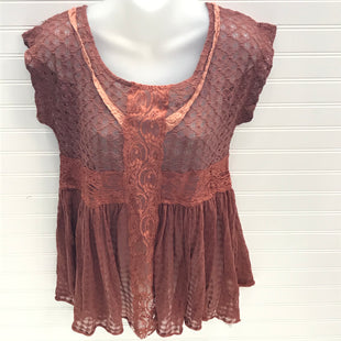 Primary Photo - BRAND: FREE PEOPLE STYLE: TOP SHORT SLEEVE COLOR: RUST SIZE: S SKU: 239-23918-38451