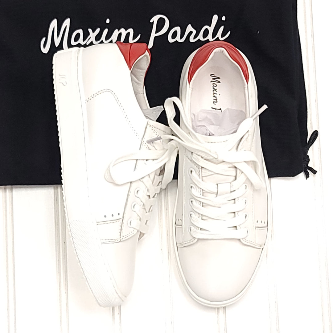 Photo #2 - BRAND:   CMC <BR>STYLE: SHOES ATHLETIC <BR>COLOR: WHITE <BR>SIZE: 6.5 <BR>OTHER INFO: MAXIM PARDI - NEW! KISS LOW TOP <BR>SKU: 239-23911-73249