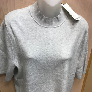 Primary Photo - BRAND: BANANA REPUBLIC STYLE: TOP SHORT SLEEVE COLOR: GREY SIZE: XL OTHER INFO: NEW! SKU: 239-23911-72700