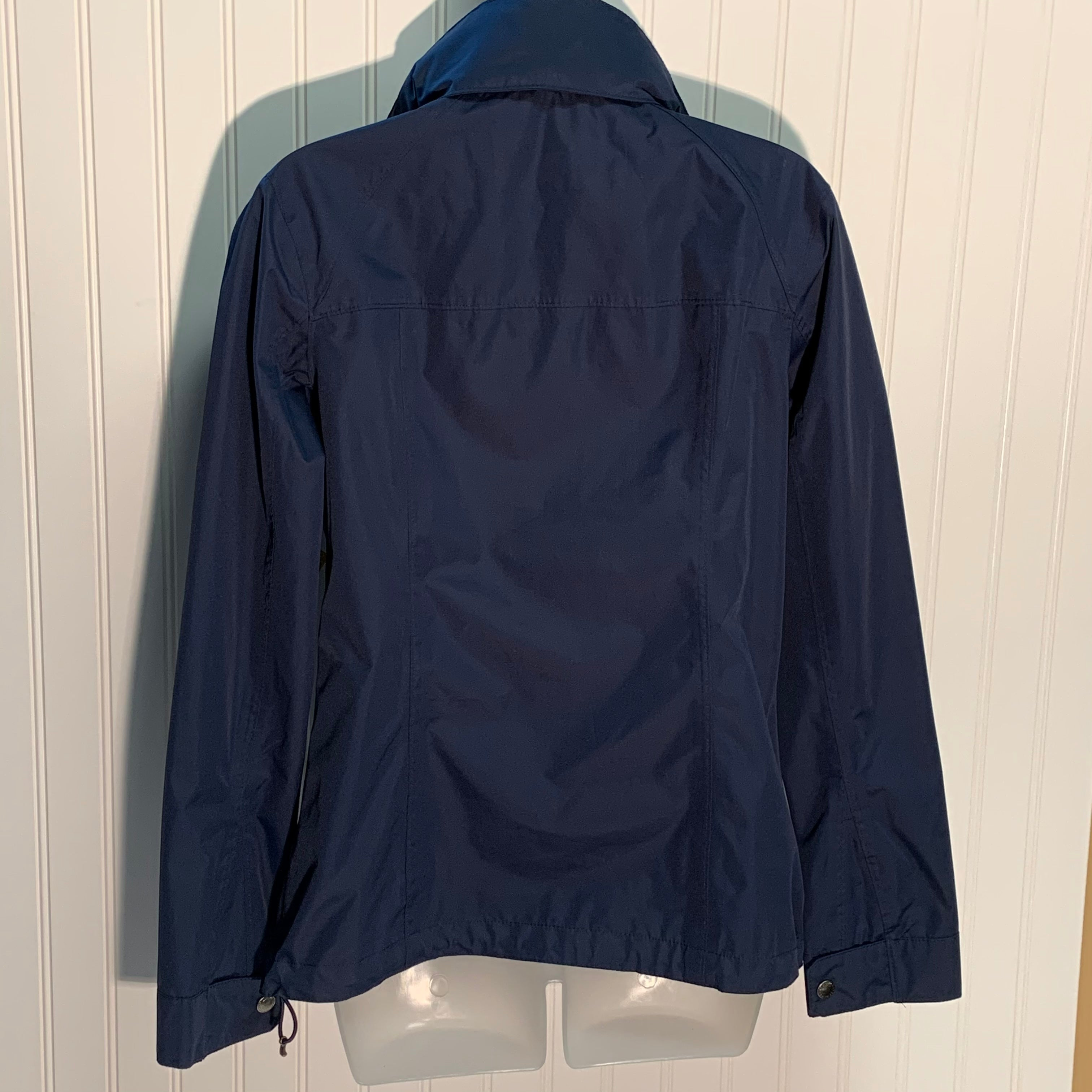 Photo #1 - BRAND: LANDS END <BR>STYLE: JACKET OUTDOOR <BR>COLOR: NAVY <BR>SIZE: XS <BR>SKU: 239-23918-35709