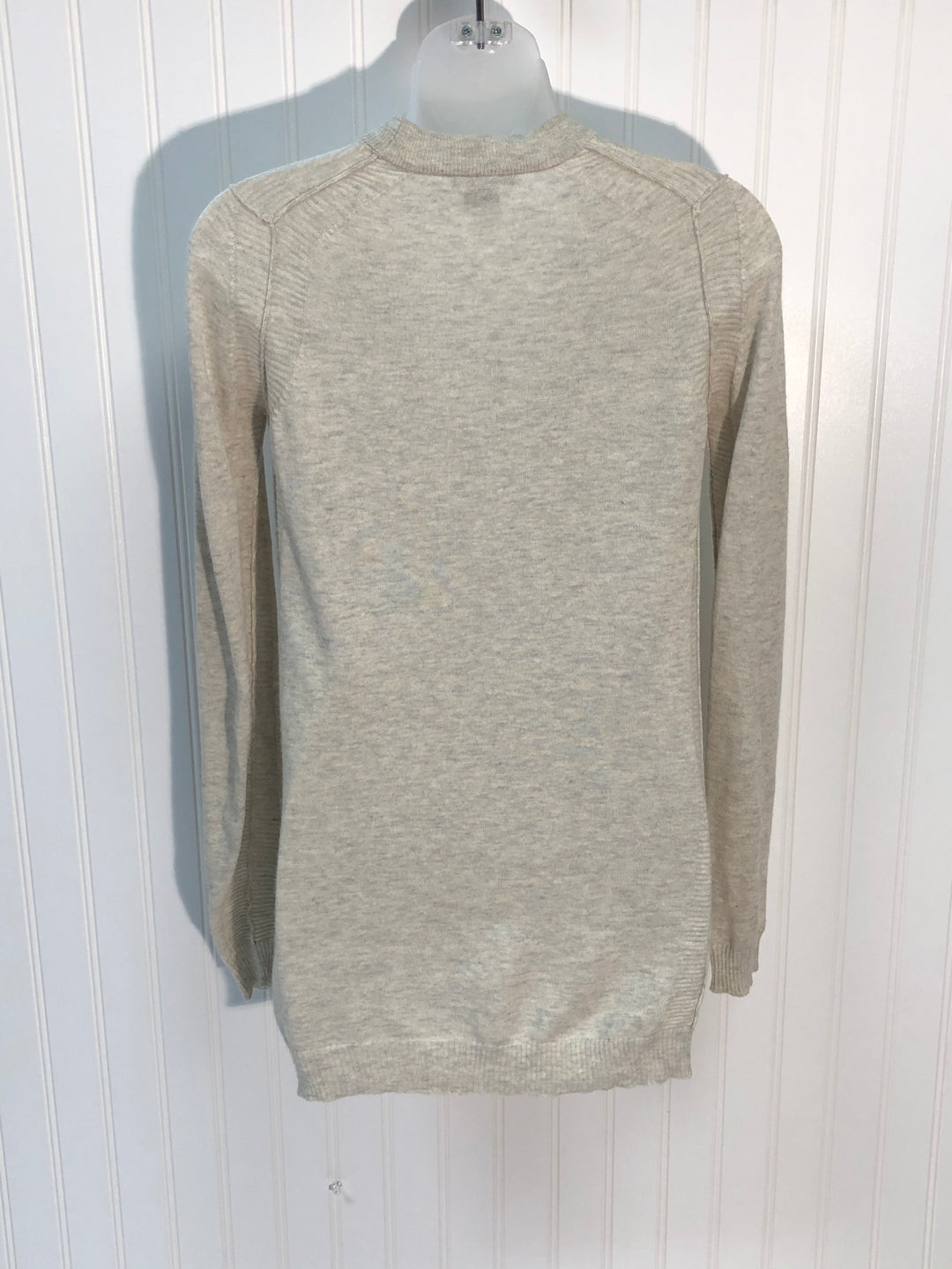 Photo #1 - BRAND: THEORY <BR>STYLE: SWEATER CARDIGAN HEAVYWEIGHT <BR>COLOR: GREY <BR>SIZE: SMALL<BR>SKU: 239-23918-33694