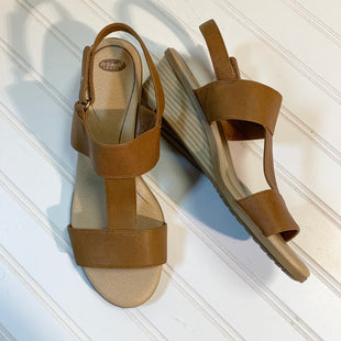Primary Photo - BRAND: DR SCHOLLS STYLE: SANDALS COLOR: TAN SIZE: 9 SKU: 239-23918-36832