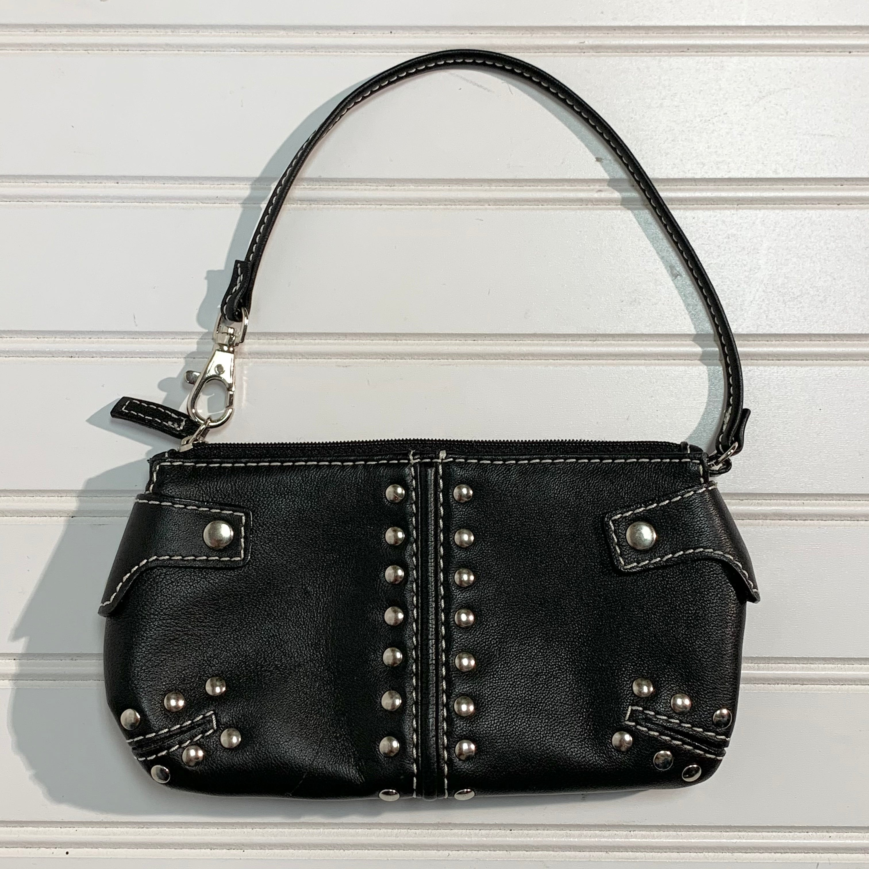 Photo #1 - BRAND: MICHAEL BY MICHAEL KORS <BR>STYLE: WRISTLET <BR>COLOR: BLACK <BR>SIZE: S <BR>SKU: 239-23911-71616