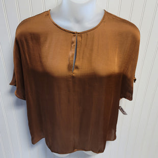 Primary Photo - BRAND: BANANA REPUBLIC STYLE: TOP SHORT SLEEVE COLOR: CAMEL SIZE: XL OTHER INFO: NEW! 100% POLYESTER SKU: 239-23911-72702