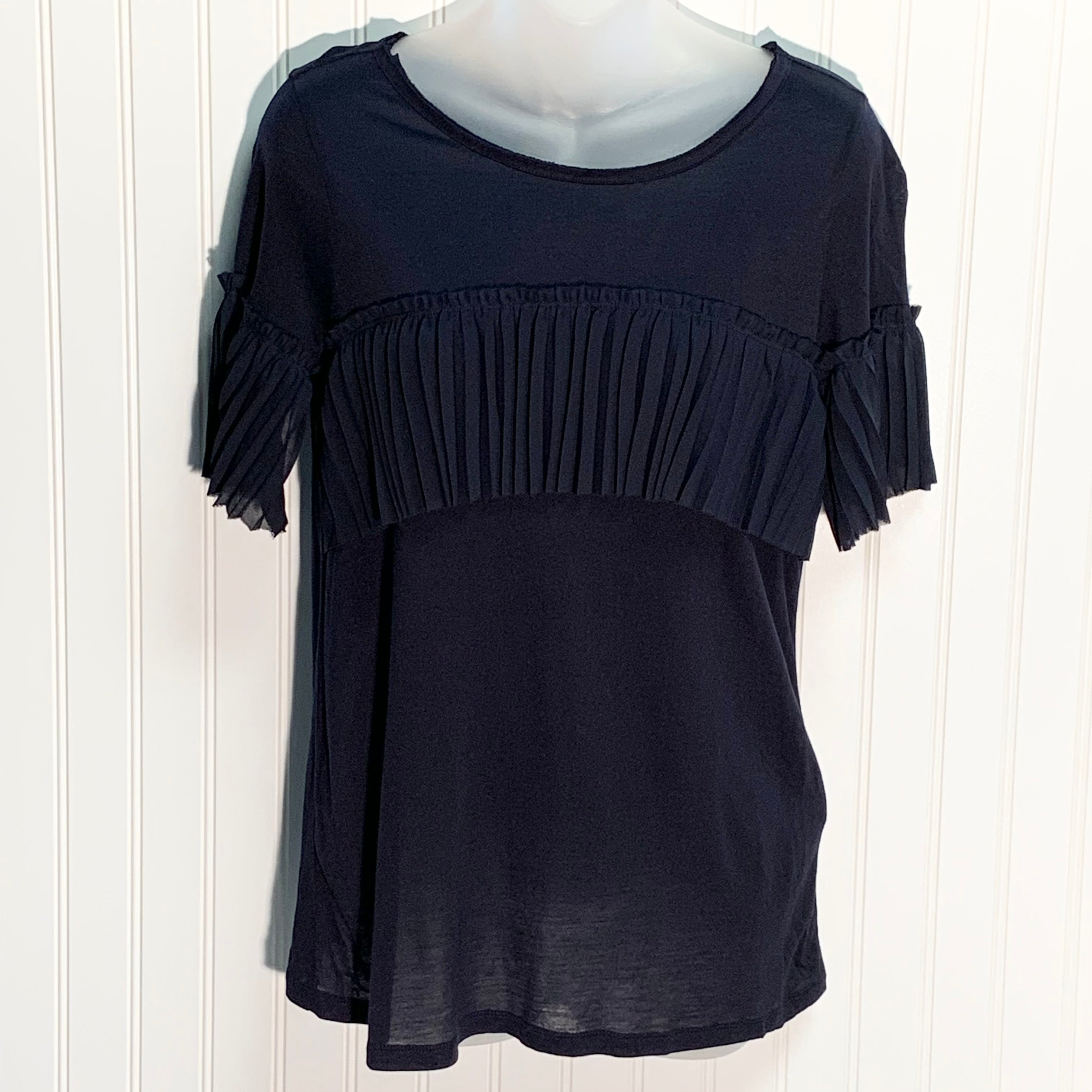 Primary Photo - BRAND: BANANA REPUBLIC <BR>STYLE: TOP SHORT SLEEVE <BR>COLOR: NAVY <BR>SIZE: S <BR>SKU: 239-23918-37172