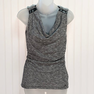 Primary Photo - BRAND: GUESS STYLE: TOP SLEEVELESS COLOR: WHITE BLACK SIZE: S SKU: 239-23918-37996