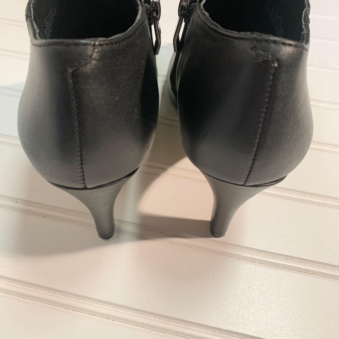 Photo #2 - BRAND: VINCE CAMUTO <BR>STYLE: BOOTS ANKLE <BR>COLOR: BLACK <BR>SIZE: 6.5 <BR>SKU: 239-23918-37175
