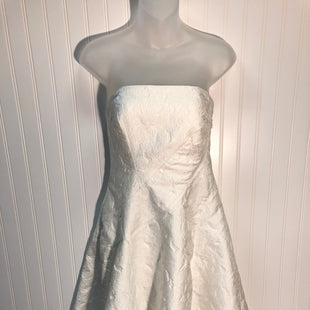 Primary Photo - BRAND: HALSTON STYLE: DRESS DESIGNER COLOR: WHITE SIZE: 6 OTHER INFO: NEW!!! HALSTON HERITAGE JACQUARD FIT AND FLARE SKU: 239-23911-68064