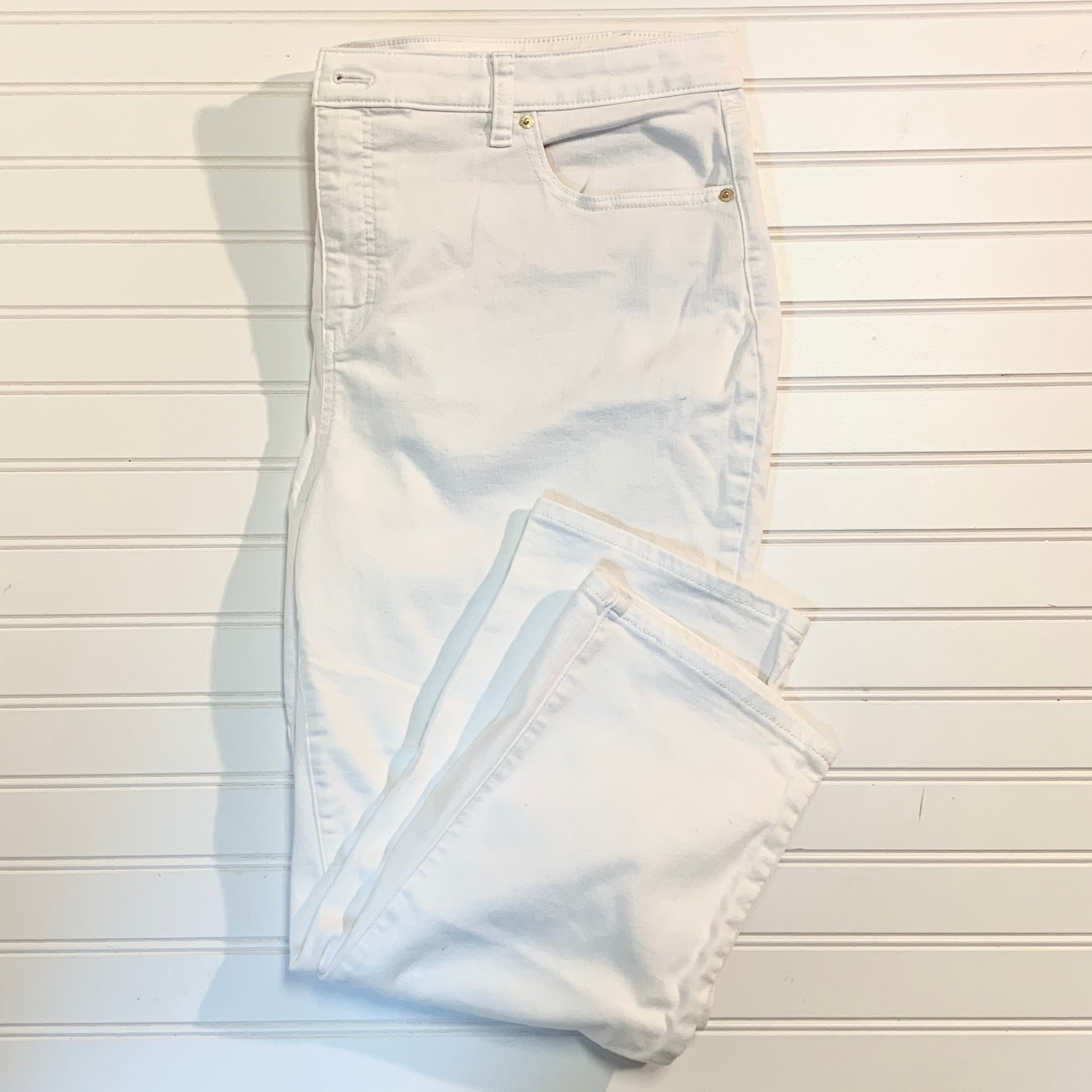 Primary Photo - BRAND: TALBOTS <BR>STYLE: JEANS <BR>COLOR: WHITE <BR>SIZE: 20 <BR>OTHER INFO: FLAWLESS, STRAIGHT CROP <BR>SKU: 239-23911-71937