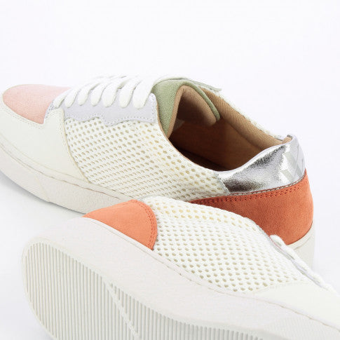 BASKETS EN MESH BLANC A DETAILS COLORES