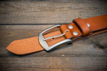 Load image into Gallery viewer, Men's Italian leather belt (3,5-4 mm thick), Oily Cognac, width 38 mm