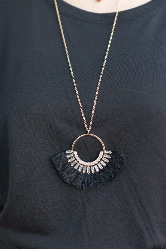 NIGHT OUT BAGUETTE TASSEL NECKLACE