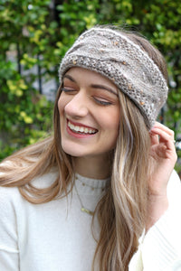 WINTER WONDERLAND CABLE KNIT EAR WARMER (taupe + navy)