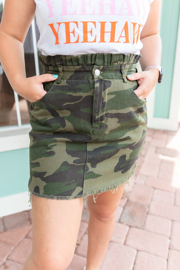 SO OUTDOORSY PAPERBAG CAMO SKIRT FLASH SALE