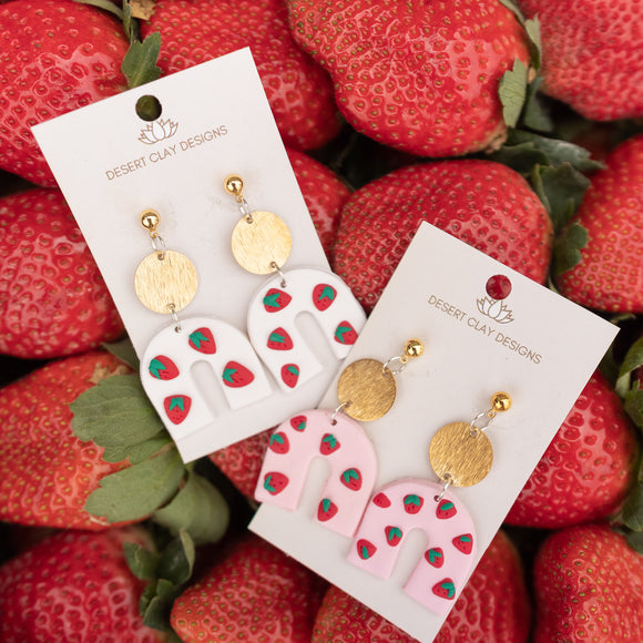 BERRY HORSESHOE CLAY EARRING
