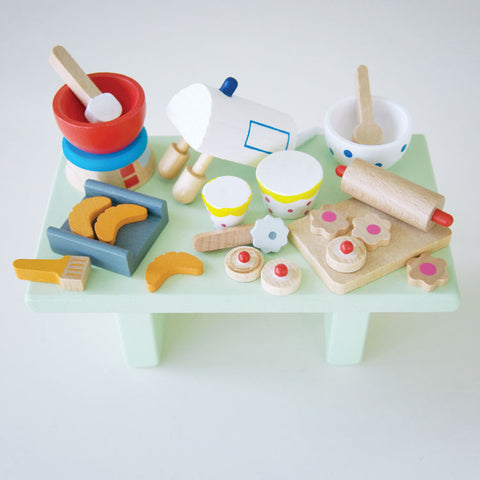 Dollhouse Baking Accessories Set