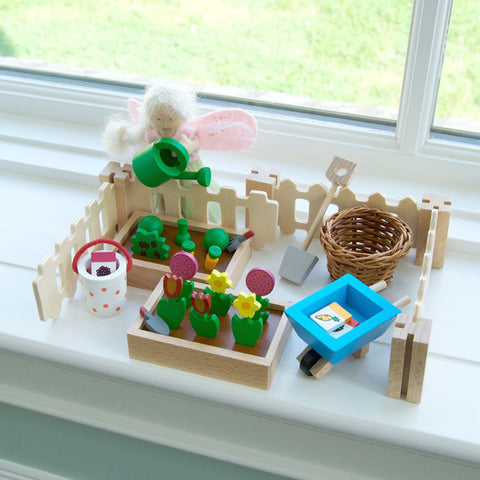 Dollhouse Garden Accessories Set