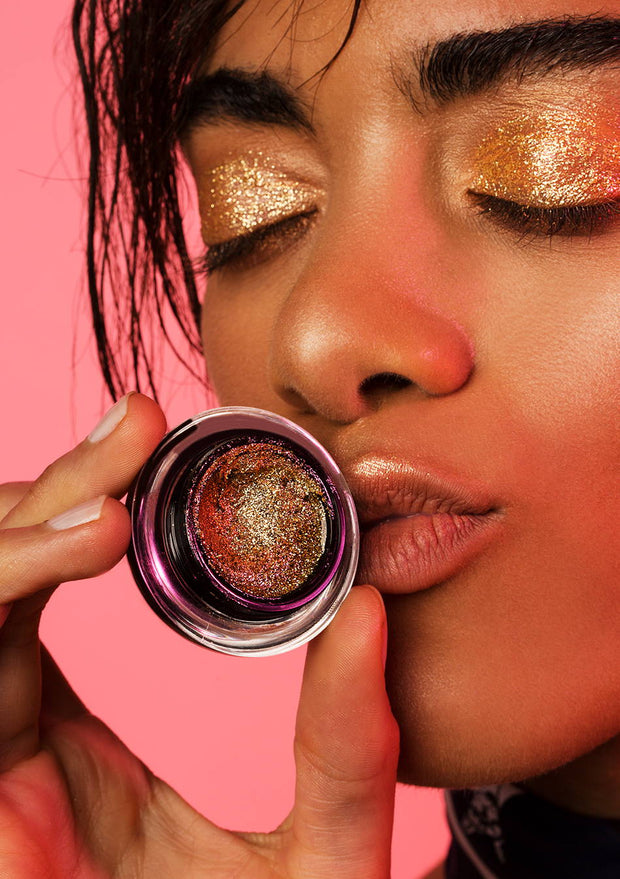 No Messin' Around, Glittergloss Me!