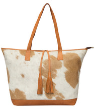 Load image into Gallery viewer, The Design Edge Portugal Shopper Tote