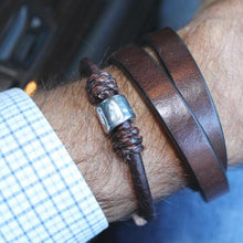 Load image into Gallery viewer, Mr James Bracelet Atlas - Natural Antique Brown-Salt Lines Design