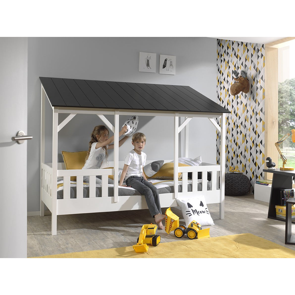 Amy - Kids Housebed in White