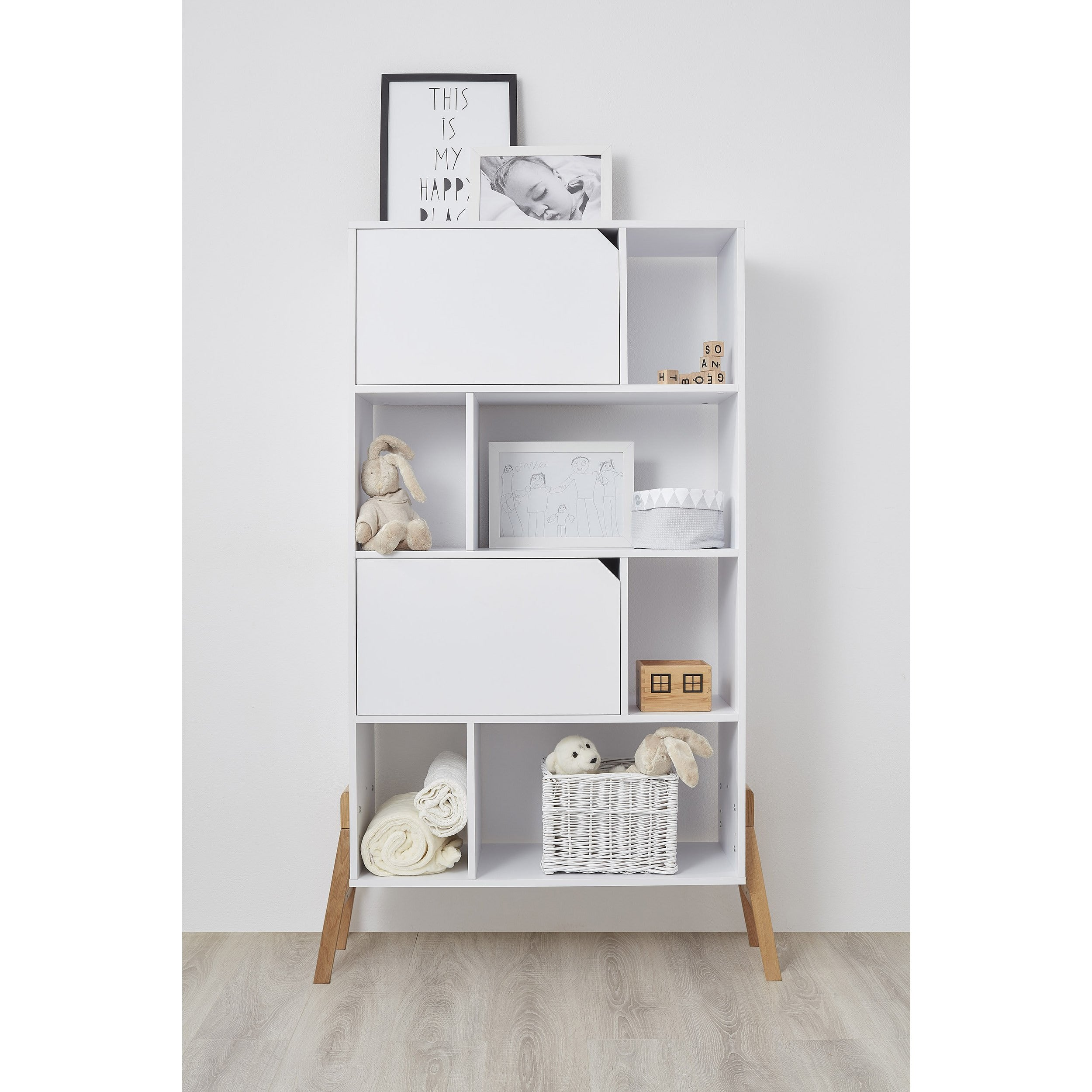 Lotta - Bookcase & Cupboard