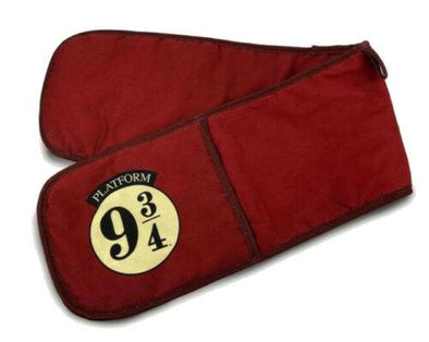 9 3/4 Hogwarts Express Harry Potter Double Oven Gloves