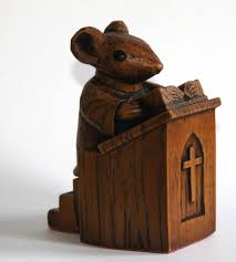 Church Mouse - Vicar in the Pulpit