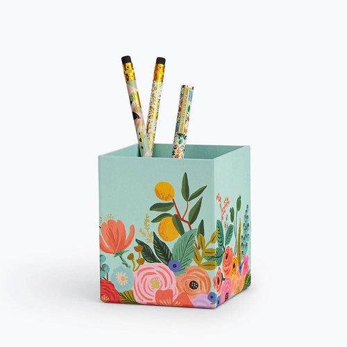 Rifle Garden Party Pencil Cup   DPB001
