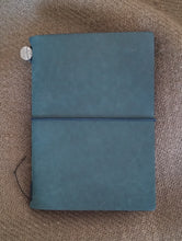 Load image into Gallery viewer, Midori TN Traveler's Notebook- Blue
