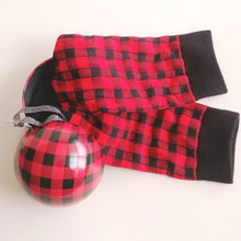 Load image into Gallery viewer, Women's Socks in a Ball- Buffalo Plaid  BA7PLA001